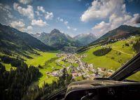 Rundflug mit dem Hubschrauber über den Schneeberg 40 Min. für 2 Personen exklusiv