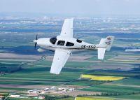 Rundflug mit der Cirrus SR 20 nach Wunsch für 3 Personen 40 Min.