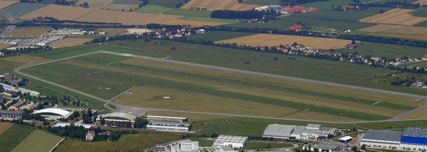 ab Flugplatz Wels