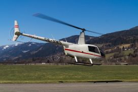 30 Minuten Selbersteuern mit dem Hubschrauber ab Flugplatz Bad Vöslau