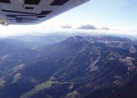 Rundflug mit dem Flugzeug über den Schneeberg für 1 Person 40 Min.